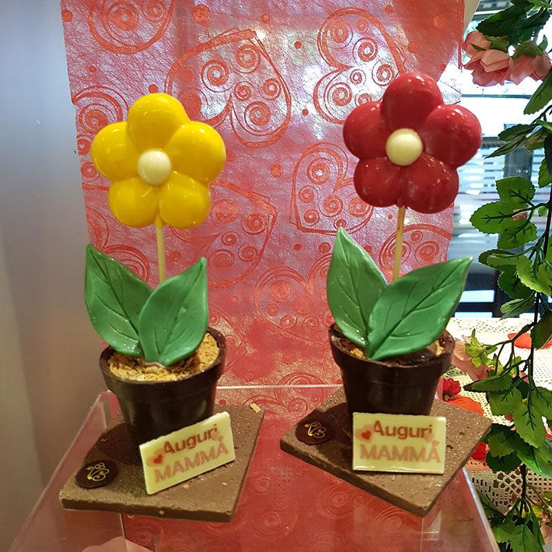 fiore di cioccolato per la mamma